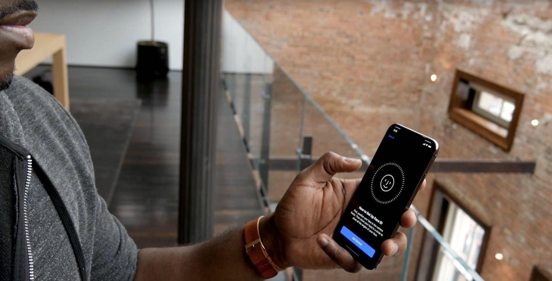 Face ID to technologia rozpoznawania twarzy w iPhone. Gdzie naprawić Face ID?