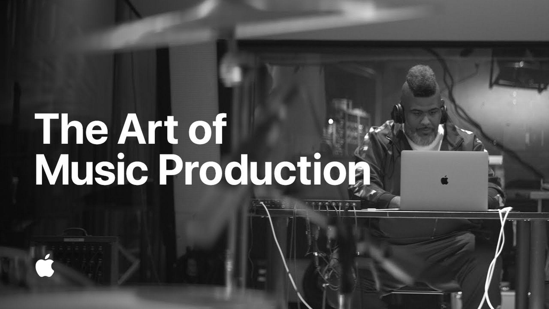 Producent muzyczny Oak Felder i jego studio w reklamie Apple