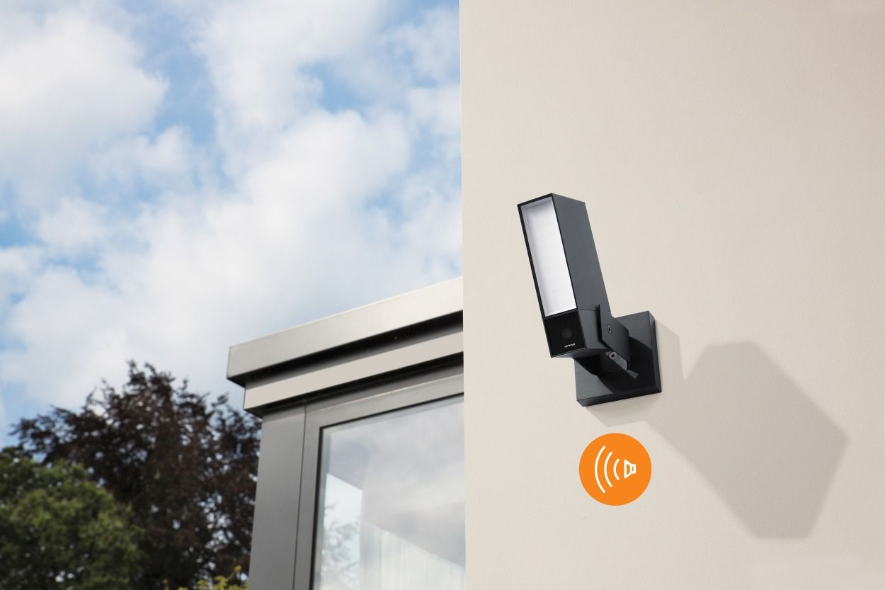 Netatmo poszerza portfolio swoich produktów o nowąkameręzewnętrznąz wbudowanym alarmem