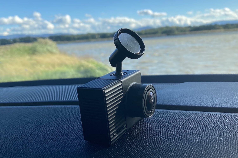 Recenzja kamery samochodowej Garmin Dash Cam Tandem