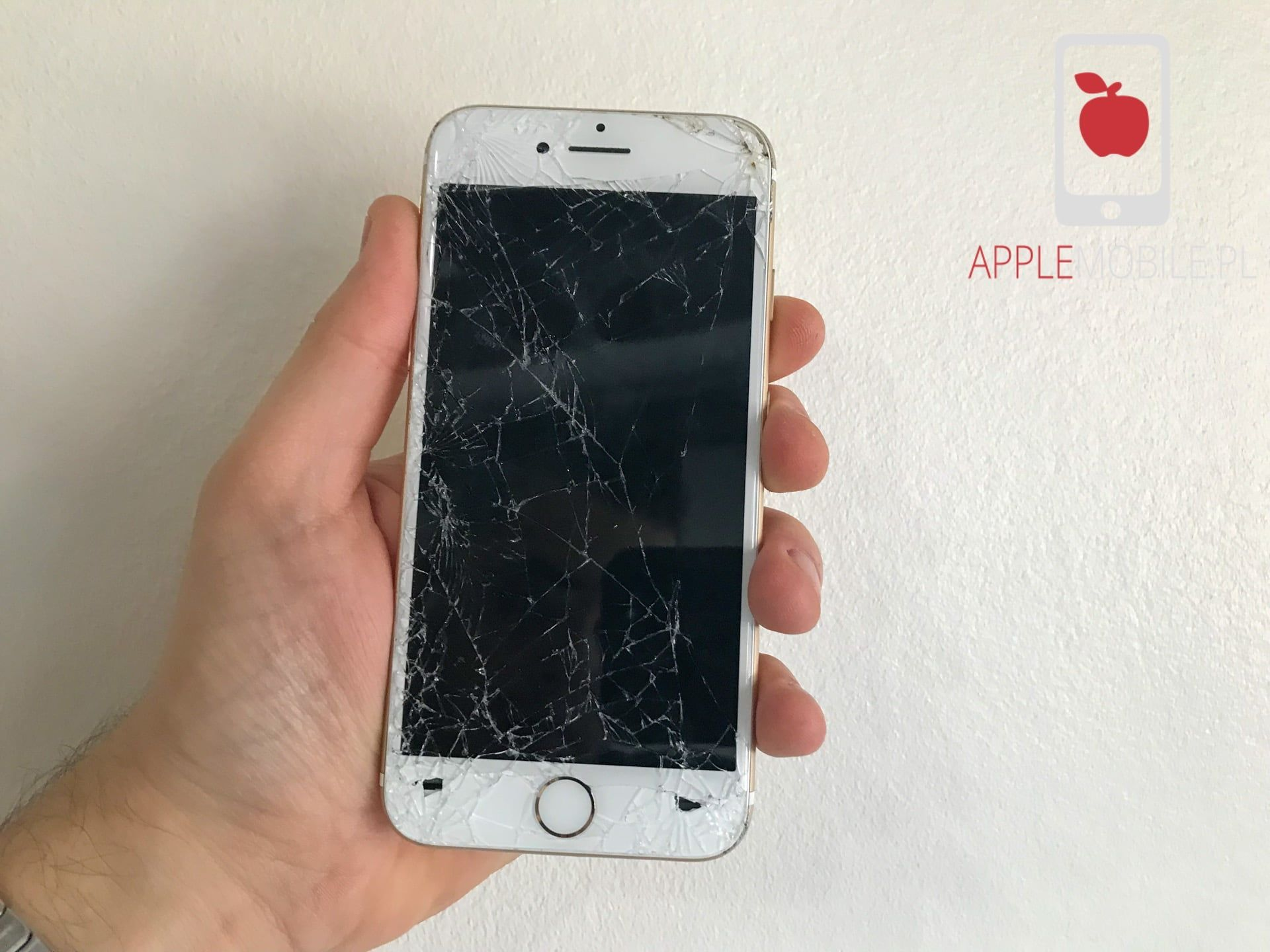 Rozbita szybka w iPhone 7 naprawa
