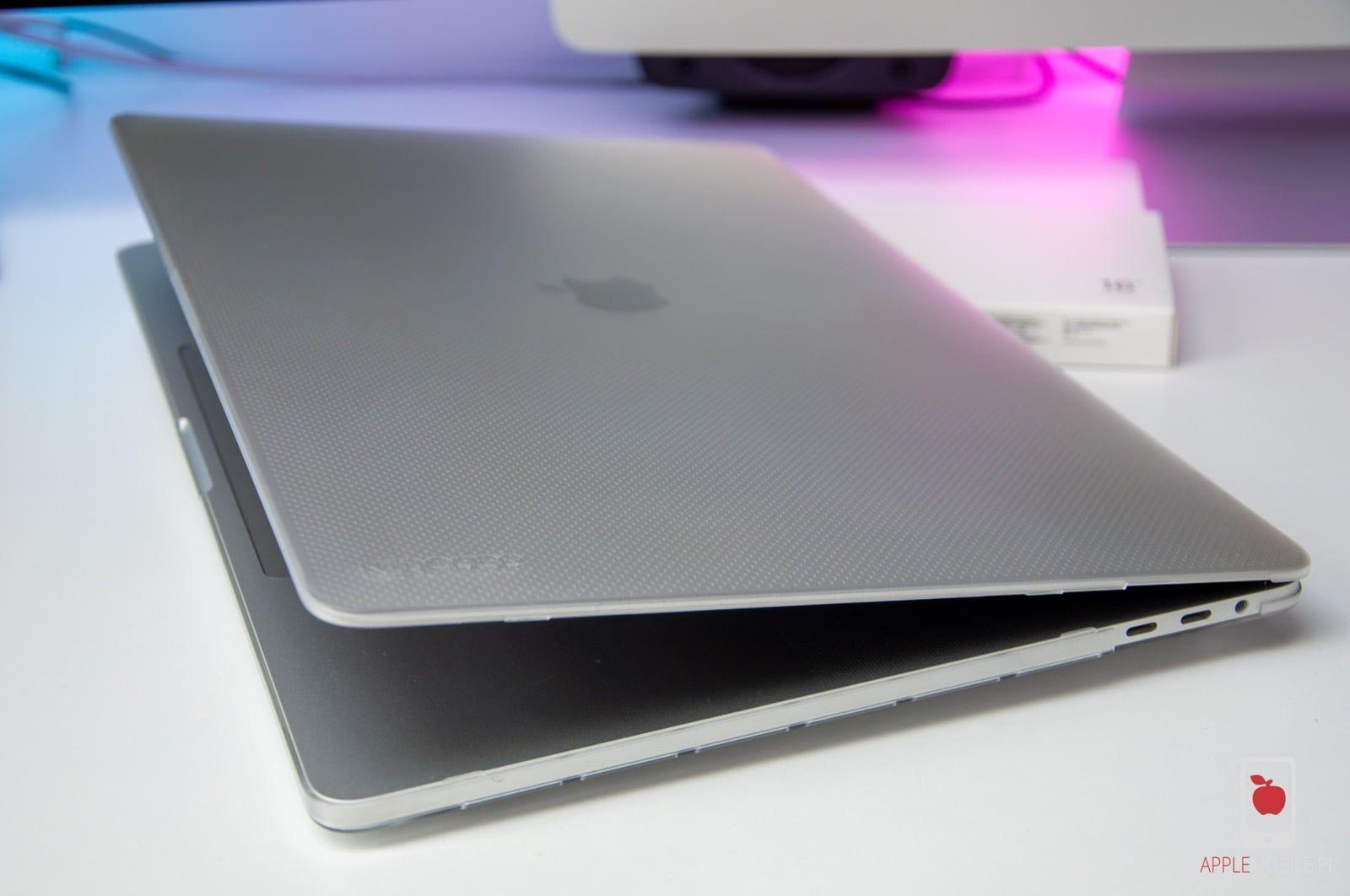 """Recenzja etui Incase Hardshell Case – czyli jak pogodzić genialny wygląd nowego Macbooka Pro 16"""" z wysokim poziomem ochrony"""