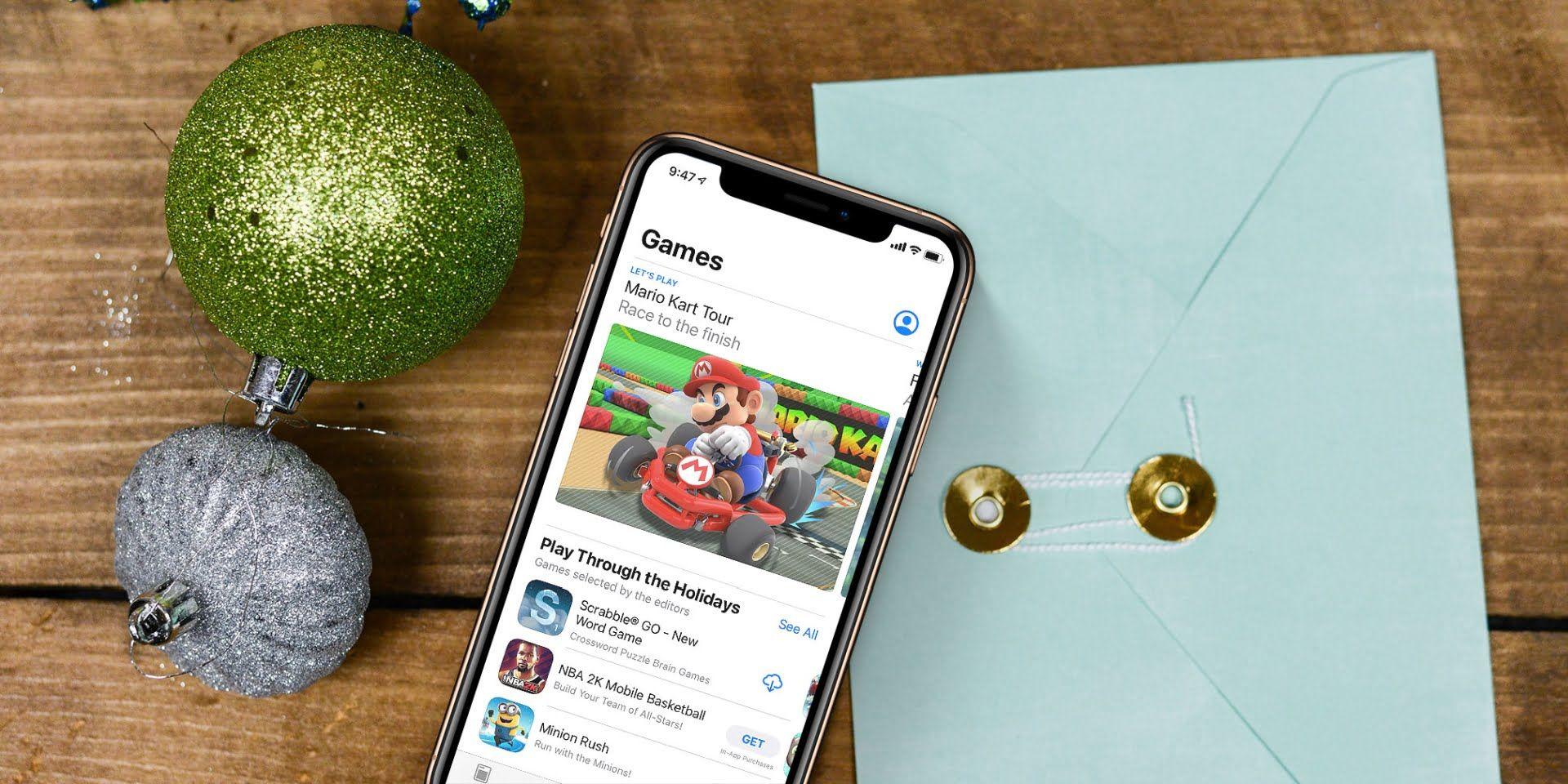 Wydatki w okresie świątecznym w sklepach App Store i Google Play