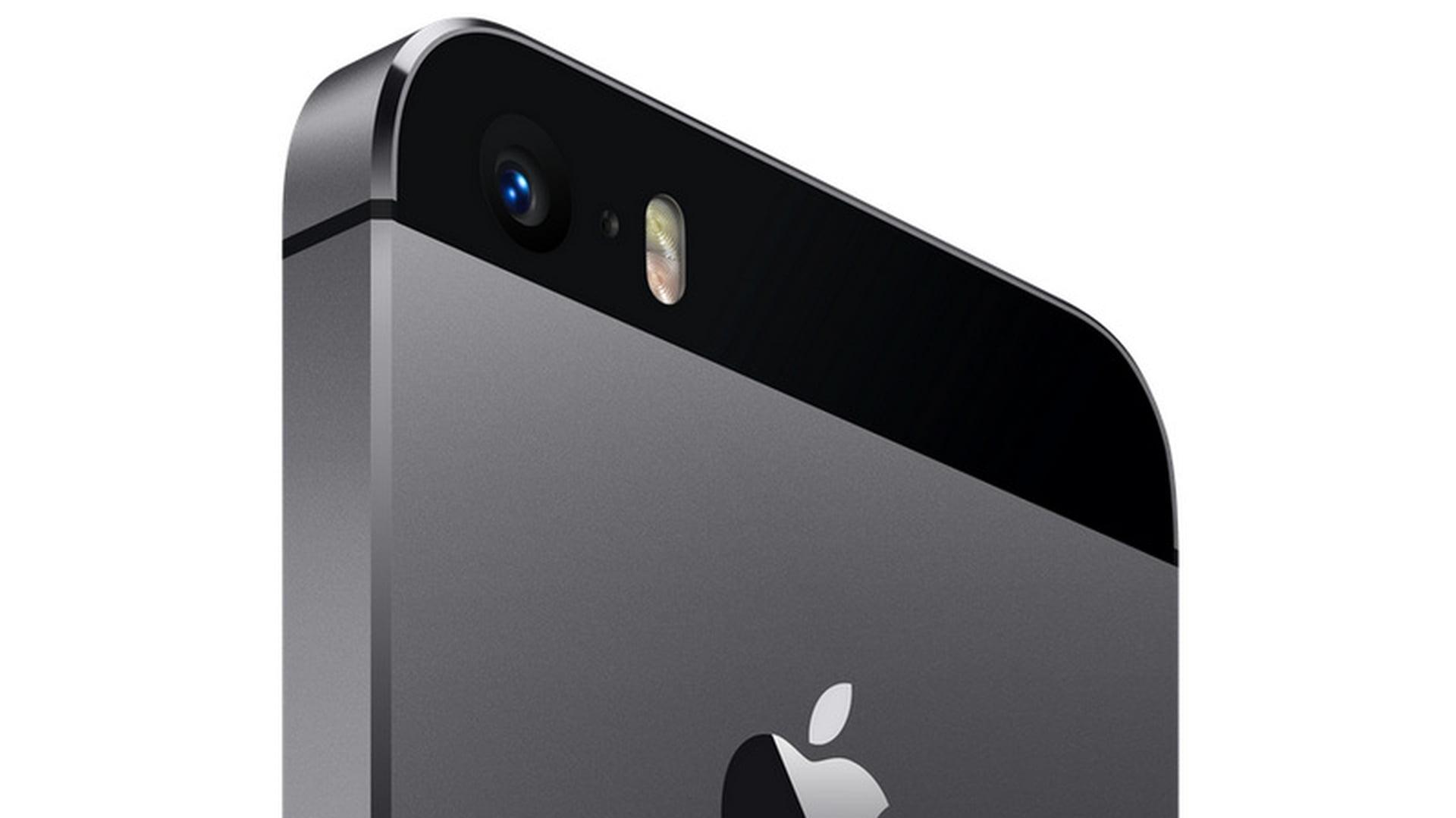 Zdjęcia prototypu iPhone'a 5s z ciemniejszą wersją obudowy