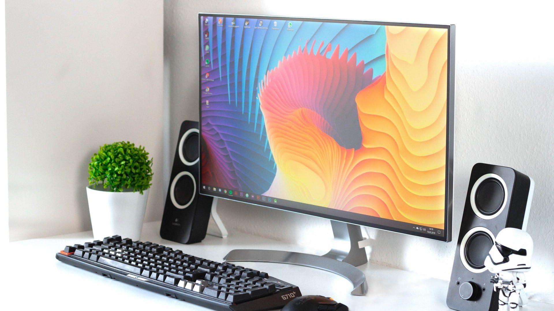 Monitor graficzny Eizo – dlaczego warto na niego postawić?
