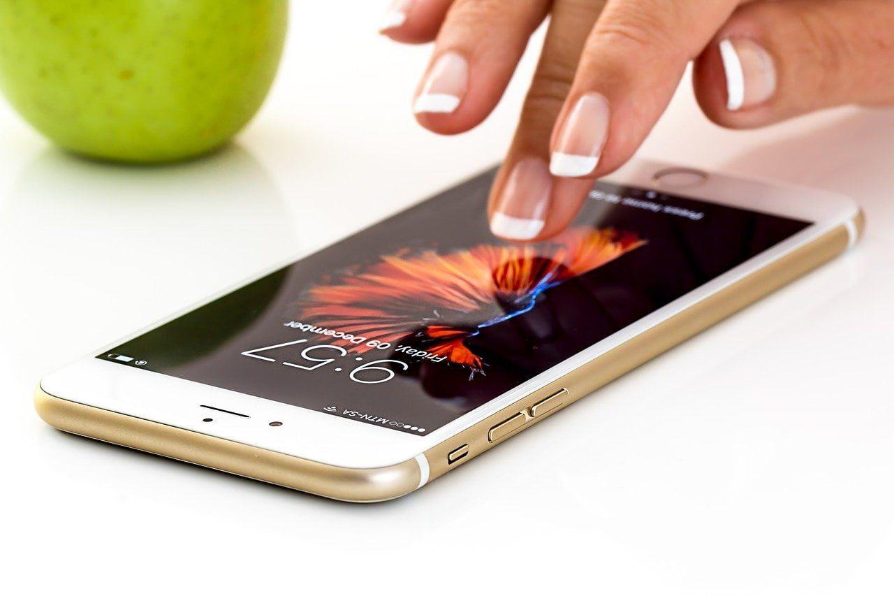 Etui na telefon – jaki pokrowiec wybrać?