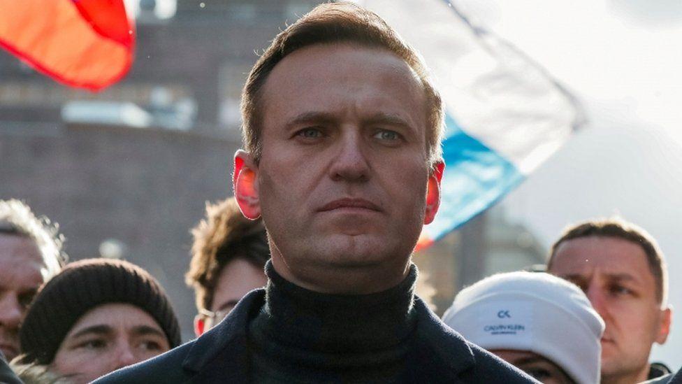 """Rosja żąda od Apple usunięcia aplikacji """"Navalny"""" lidera opozycji z App Store"""