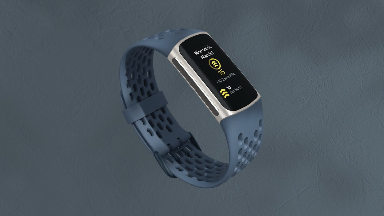 Fitbit zaprezentował Charge 5 – kolejna odsłona popularnej serii trackerów